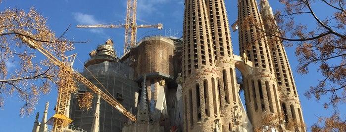 Plaça de la Sagrada Família is one of Europe 16.