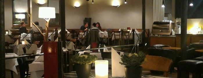 Maximilian lounge-bar-restaurant is one of Zu gehen.