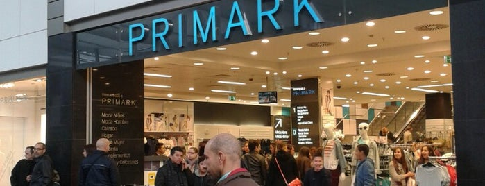 Primark is one of Orte, die Angela gefallen.