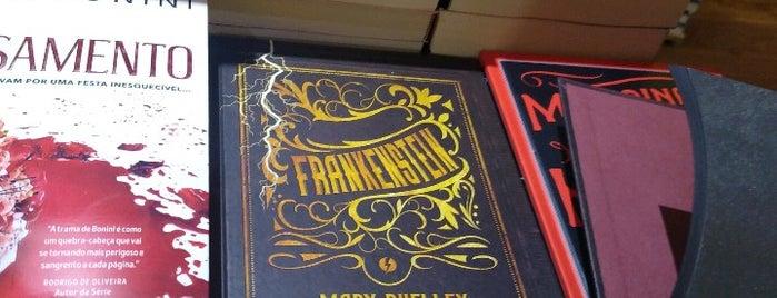 Livraria Simples - a loja dos livros impossíveis is one of São Paulo Cultural.