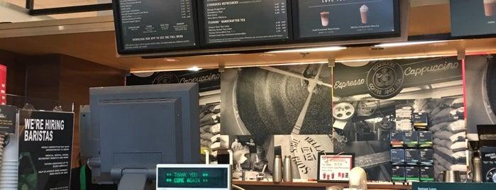 Starbucks is one of Locais curtidos por Josh.
