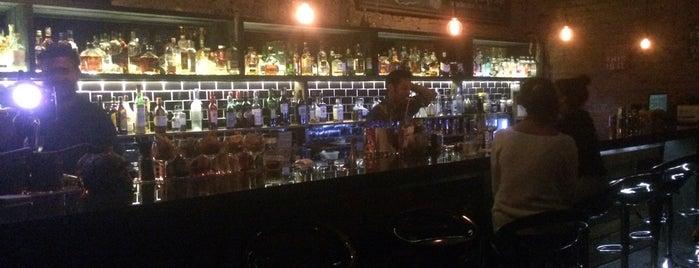 Luzmala Bar is one of Lugares favoritos de Carito.