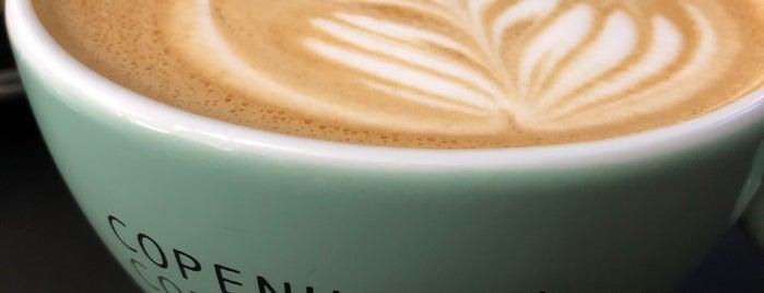 Copenhagen Coffee Lab is one of Lisbon EAT/DRINK.
