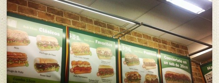 Subway is one of Alanさんのお気に入りスポット.