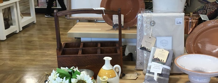 HomeGoods is one of Karenさんのお気に入りスポット.