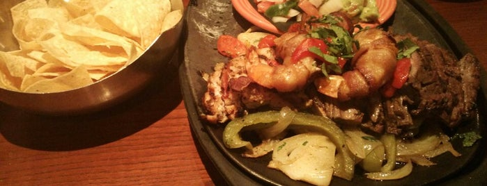 Cantina Laredo is one of Dallas To-Do.