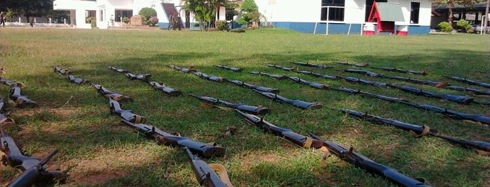 ศูนย์การฝึกนักศึกษาวิชาทหาร มณฑลทหารบกที่ ๑๒ is one of สถานที่ราชการ.