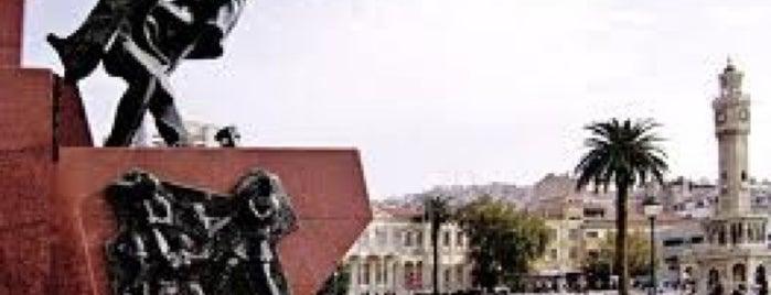 İlk Kurşun Anıtı is one of İzmir & Manisa.