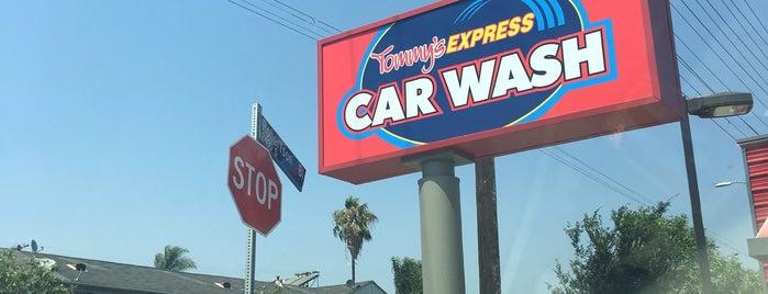 Robertson Car Wash is one of Lugares favoritos de ᴡ.