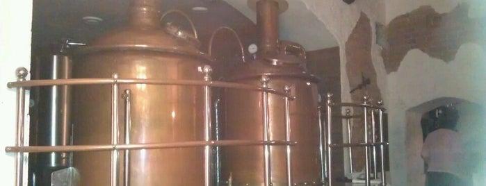 Пивоварня Ямская is one of Presidentさんの保存済みスポット.