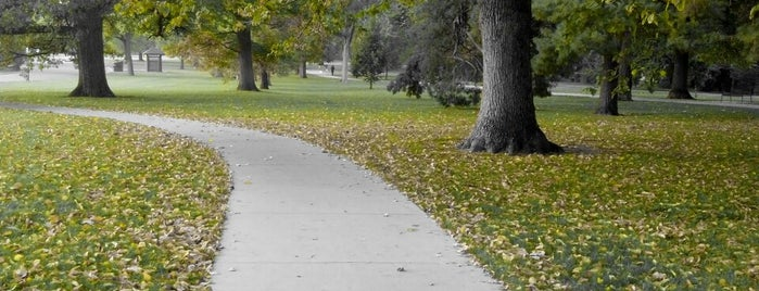 Cheesman Park Walking/Running Path is one of Lieux qui ont plu à Casey.