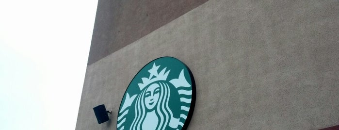 Starbucks is one of Locais curtidos por Heather.