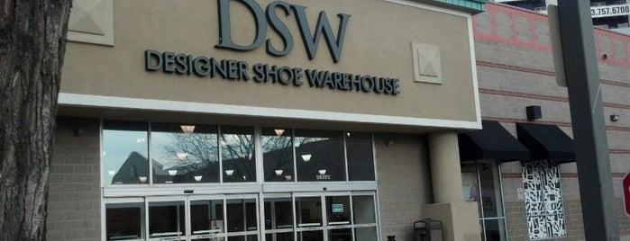 DSW Designer Shoe Warehouse is one of Posti che sono piaciuti a Katherine.