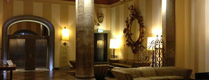 Grand Hotel Cavour is one of Tempat yang Disukai Regis.