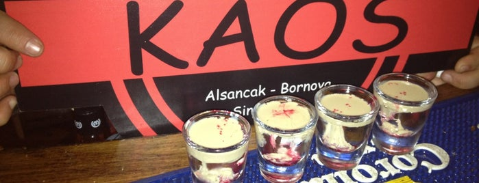 Kaos Cafe & Bar is one of Lugares favoritos de TC Dilek.