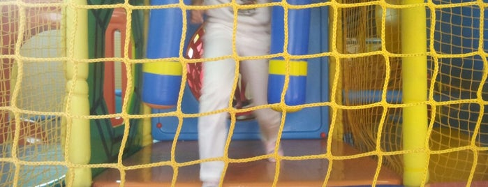 Bouncing Kids is one of 子連れで遊ぶシンガポール.