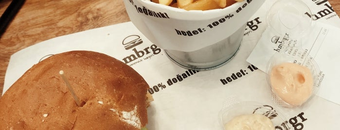 Hmbrgr - Homemade Burgers is one of Oktayさんのお気に入りスポット.