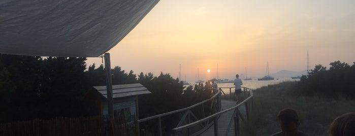 Beso Beach is one of Dani 님이 좋아한 장소.