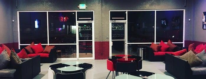 Axis hookah lounge is one of สถานที่ที่ Rj ถูกใจ.