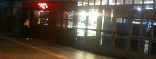 Yenibosna Metro İstasyonu is one of Burak'ın Beğendiği Mekanlar.