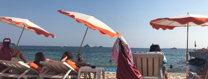 Juanita Plage is one of Beach.