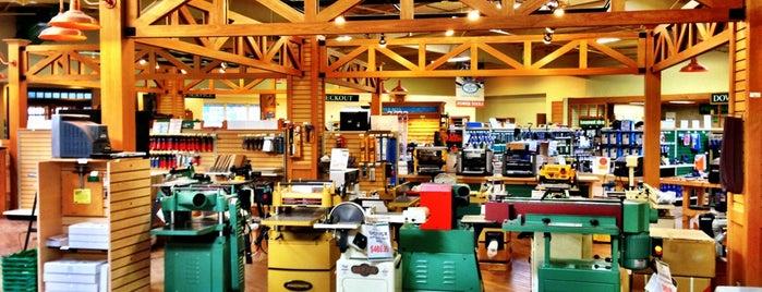 Woodsmith Store is one of Derek 님이 좋아한 장소.
