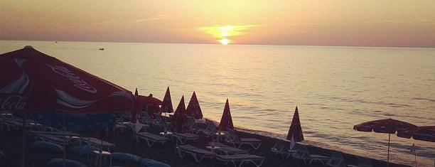 Çuhallı Plajı is one of Akçakoca Gezilcek Görülecek Yerler.