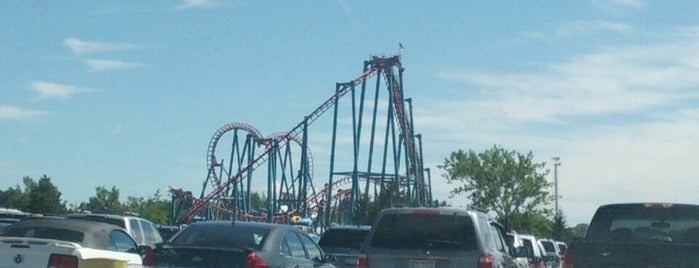 Six Flags Darien Lake is one of Cool places in NY (upstate).