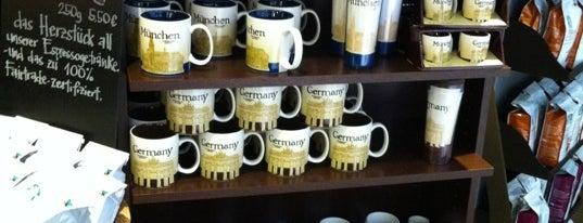 Starbucks is one of Fatma 님이 좋아한 장소.