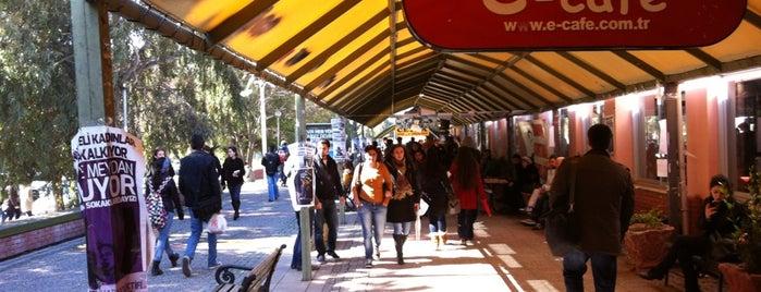Ege Üniversitesi Çarşısı is one of Locais curtidos por Gizem.