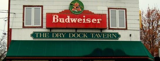 The Dry Dock is one of Orte, die Amanda gefallen.