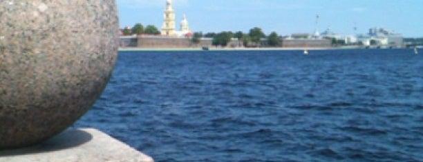 Strelka De La Isla Vasilievsky is one of П.