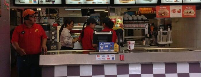 McDonald's is one of Orte, die Cristian gefallen.