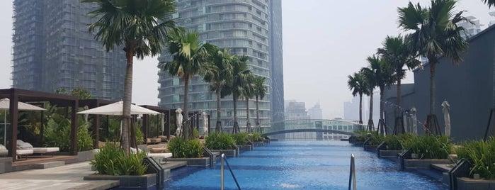 Four Seasons Hotel Kuala Lumpur is one of Chriz Phoebe 님이 좋아한 장소.