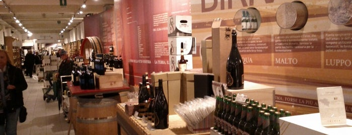 Eataly Torino Lagrange is one of Orte, die renzo gefallen.