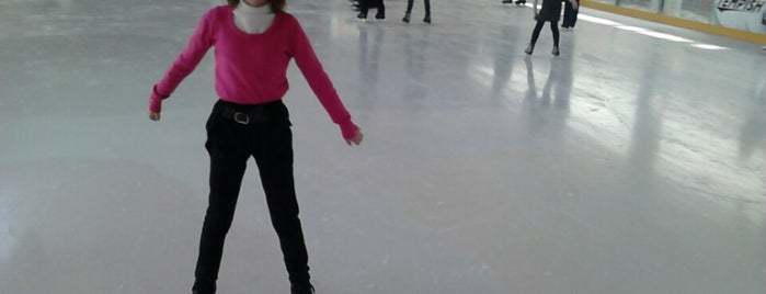 Ковзанка /  Skating-rink is one of Olegさんのお気に入りスポット.
