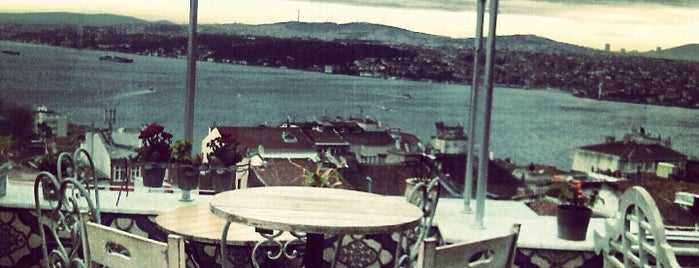5. Kat is one of Istanbul|cafe.