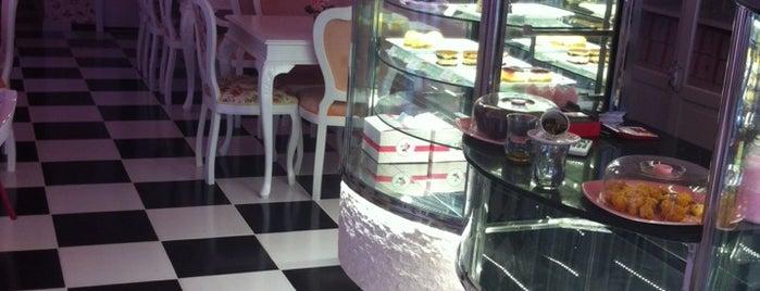pink dreams cupcake is one of Lugares favoritos de Ayça.