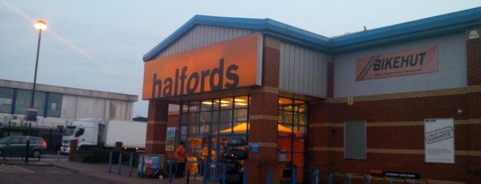 Halfords is one of Orte, die Barry gefallen.