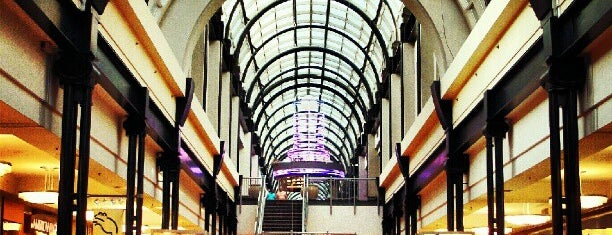 Circle Centre Mall is one of Jared's Liked Places.