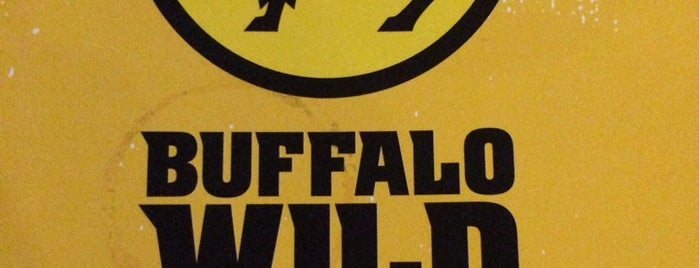 Buffalo Wild Wings is one of Locais curtidos por Carlos.