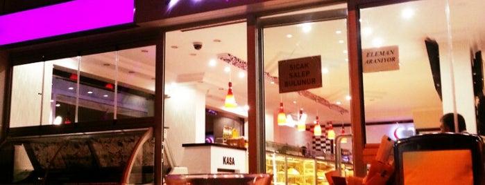 Nur Pastanesi is one of Locais curtidos por Mehmet.