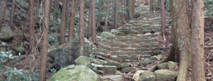 松本峠 is one of 熊野古道 伊勢路.