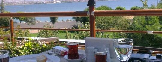 Beyzade Restaurant is one of Tempat yang Disukai Sedef.