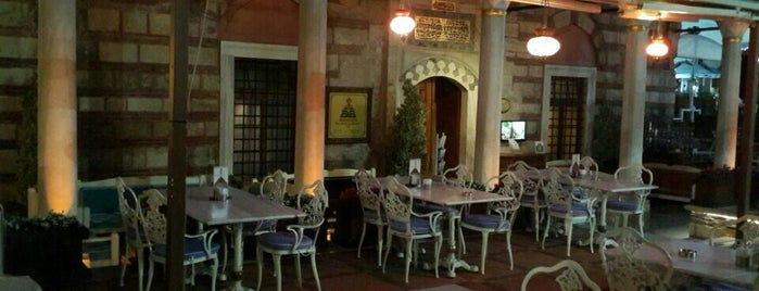 Mihri Restaurant & Cafe is one of Istanbul Baru.