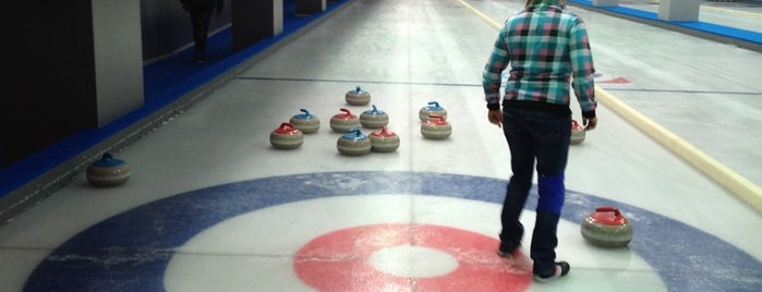 Moscow Curling Club is one of Locais curtidos por Natalia.