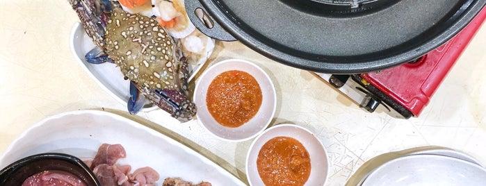 Soi 51 Mookata (Yishun) is one of Favourite Singapore Food Places.
