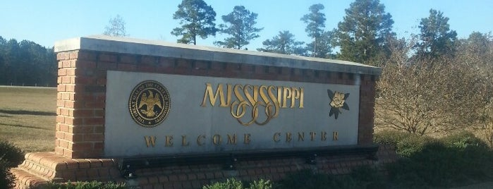 Mississippi Welcome Center is one of สถานที่ที่ Stacia ถูกใจ.