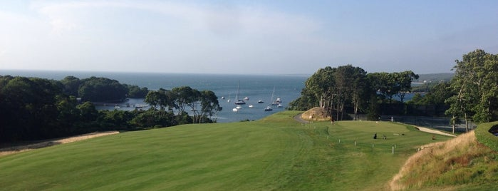 Woods Hole Golf Club is one of Posti che sono piaciuti a Mike.