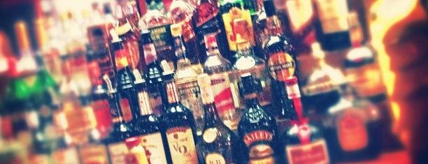 Eire Pub is one of Boston.